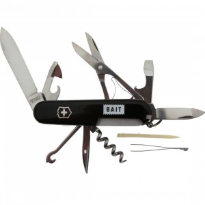 BAIT x Victorinox Swiss Army Climber Pocket Knife (black)