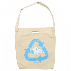 BAIT x Snoopy Recycle Denim Woven Tote Bag (beige)