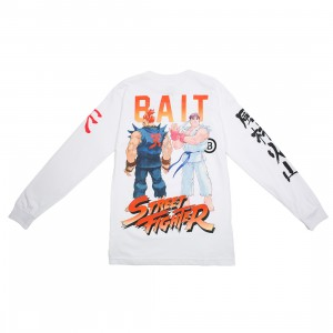 BAIT x Street Fighter Men Akuma Versus Ryu Stance Long Sleeve Tee (white)