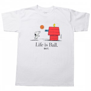 BAIT x Snoopy Men Life Ball Tee (white)