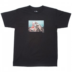 BAIT x Ultraman Men Kaiju Battle Tee (black)