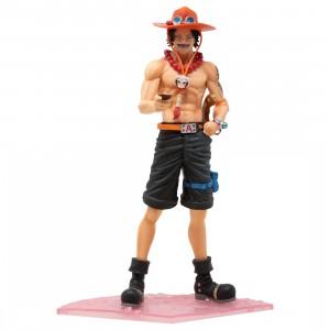 Banpresto One Piece Magazine Figure Special Episode Luff Vol. 2: Portgas D. Ace Figure (tan)