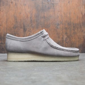 Clarks Men Wallabee (gray / suede)