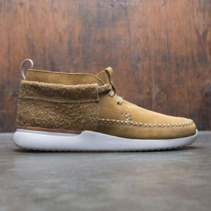 Clarks Men Tor Track Mid Suede (brown / oak)