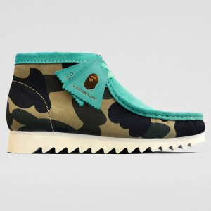 Clarks x A Bathing Ape Men Wallabee Boot (blue / light blue)