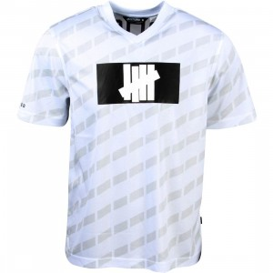 Undefeated Men Hooligan Jersey (white)