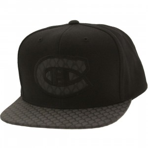 Mitchell And Ness Montreal Canadiens Reflective Iridescent Snapback Cap (black)