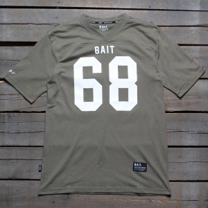 BAIT Men 68 Football Tee (green / army green)