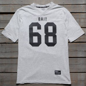 BAIT Men 68 Football Tee (gray)