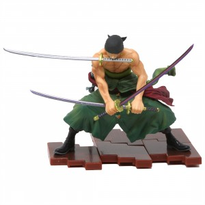 Bandai Figuarts Zero One Piece Pirate Hunter Zoro Figure (green)