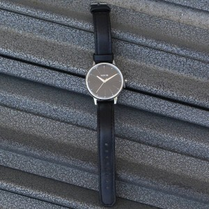 Nixon Kensington Leather Watch (black)