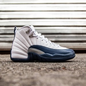 Air Jordan 12 Retro GS French Blue Big Kids (white/metallic silver/varsity red/french blue)