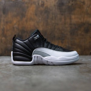 AIR JORDAN 12 RETRO LOW (GS) Big Kids (black / varsity red-white-metallic silver)