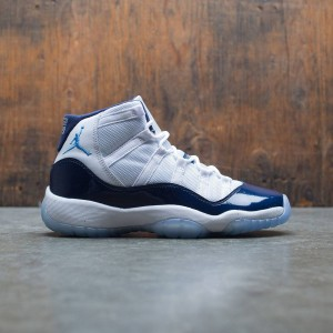 Air Jordan XI Retro (GS) Big Kids (white / university blue-midnight navy)