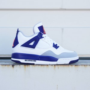 Air Jordan 4 Retro OG Big Kids (white / deep royal blue / wolf grey / hyper orange)