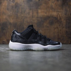 Air Jordan 11 Retro Low (GS) Baron Big Kids (black / white-metallic silver)