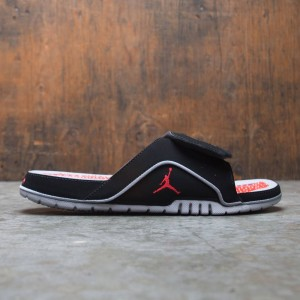 Jordan Men Hydro 4 Retro Slides (black / fire red-cement grey)