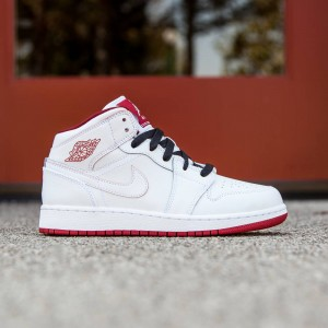 Air Jordan 1 Mid (GS) Big Kids (white / black / gym red)
