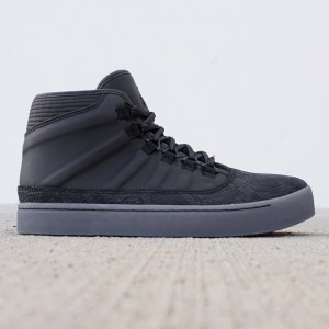 Jordan Men Westbrook 0 (black / metallic gold)