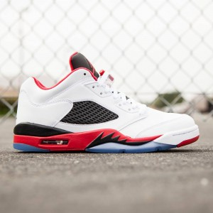 Air Jordan 5 Retro Low Men (white / black / fire red)