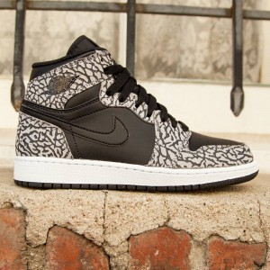 Air Jordan 1 Retro High Prem BP Little Kids (black / cement grey / anthracite / gym red)