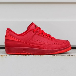 AIR JORDAN 2 RETRO LOW Men (red  /  gym red / hyper turq / university red)