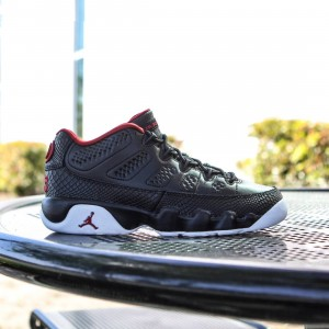 Air Jordan 9 Retro Low (GS) Big Kids (black / white / gym red)