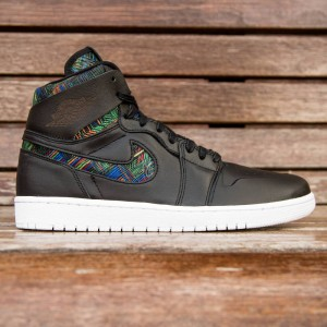 Air Jordan 1 Retro High Nouveau BHM Men (black / voltage green / white)