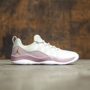 Jordan Big Kids Girls' Deca Fly Heiress Collection (GS) (light bone / metallic gold-plum fog-white)