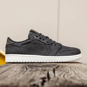 AIR JORDAN 1 RETRO LOW Men (black / black-sail)