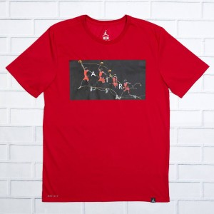Jordan Men Dry Flight Photo Basketball Tee (red / gym red)