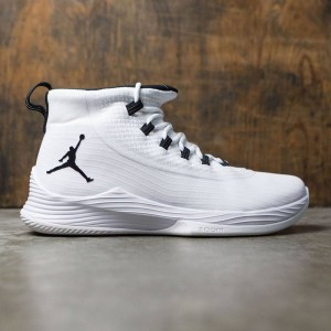 Jordan Men Ultra Fly 2 Basketball (white / black-white)