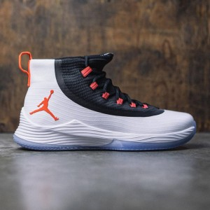 Jordan Men Ultra Fly 2 Basketball (white / infrared 23-black)