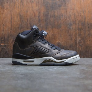 Air Jordan 5 Retro Premium Heiress Collection (GS) Big Kids Girls' (black / black-light bone-mtlc field)