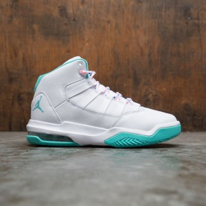 Jordan Big Kids Jordan Max Aura (white / aurora green-digital pink-soar)