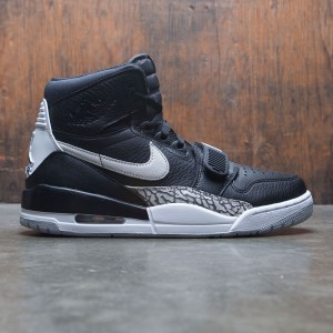 Air Jordan Legacy 312 Men (black / white)