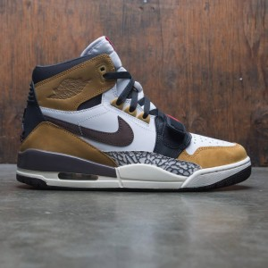 Air Jordan Legacy 312 Men (white / baroque brown-wheat-varsity red)