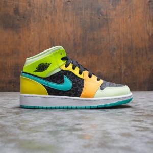 Air Jordan 1 Mid SE Big Kids (black / aurora green-opti yellow)