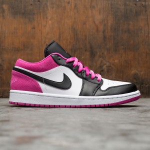 Air Jordan 1 Low SE Men  (black / black-active fuchsia-white)