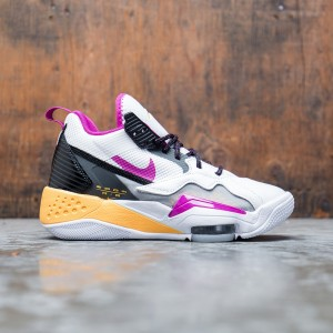 Jordan Women Zoom 92 (white / cactus flower-black-smoke grey)