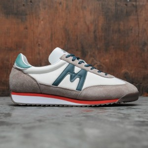Karhu Men Champion Air (brown / peyote / atlantic deep)