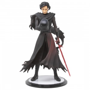 Kotobukiya ARTFX Artist Series Star Wars The Force Awakens Kylo Ren Cloaked In Shadows Statue (black)