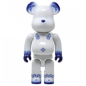 Medicom Fragment Design 400% Kutani Bearbrick Figure (white)