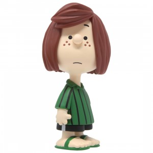 Medicom UDF Peanuts Series 9 Peppermint Patty Ultra Detail Figure (green)