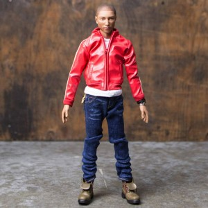 Medicom RAH Pharrell Williams 11in Figure (red / blue)