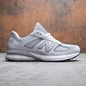 huge selection of ec102 ae5f9 New Balance Men 990V5 M990GL5 - Made In USA (gray   castlerock)