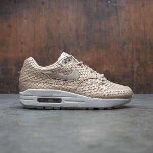 Nike Women Air Max 1 Premium (blur / blur-lt orewood brn-summit white)