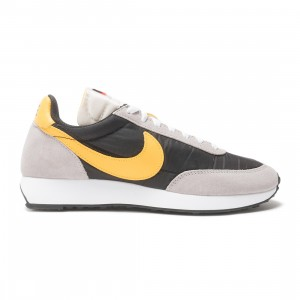 Nike Men Air Tailwind 79 (black / university gold-college grey-sail)