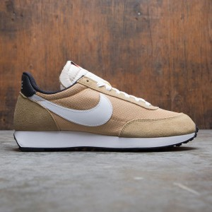 Nike Men Air Tailwind 79 (parachute beige / white-club gold-black)