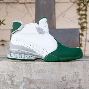Nike Men Air Zoom Vick II (white / green / metallic silver)